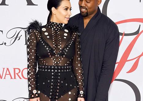 Kim-Kardashian-Kanye-West-collection-magazine