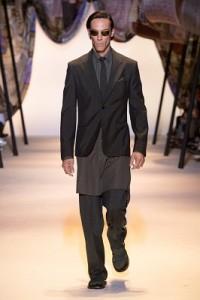 Versace Men's SS16_Look 1 collection magazine