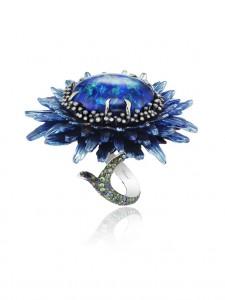 Ring Fleurs d'Opales by Chopard