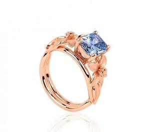 THE JANE SEYMOUR RARE BLEU DIAMOND